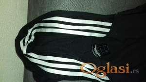 Prodajem original Adidas duksericu